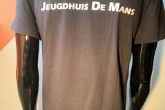 T-shirt rond (achterkant) €10, 4 coins.